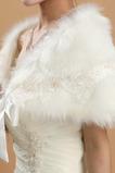 Cinghie di tessuto del merletto del tessuto di inverno di scialle di cerimonia nuziale