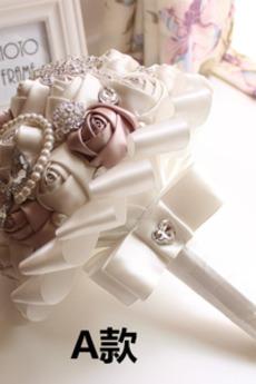 Una nuova semplice mano d'avanguardia del mazzo della sposa della perla del diamante atmosferico