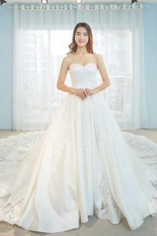 Vestito da nozze Senza schienale Ricamo Primavera Coda a Strascico Cattedrale