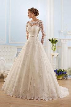 Vestito da sposa Pizzo Coda a Strascico Cappella All Aperto Applicato